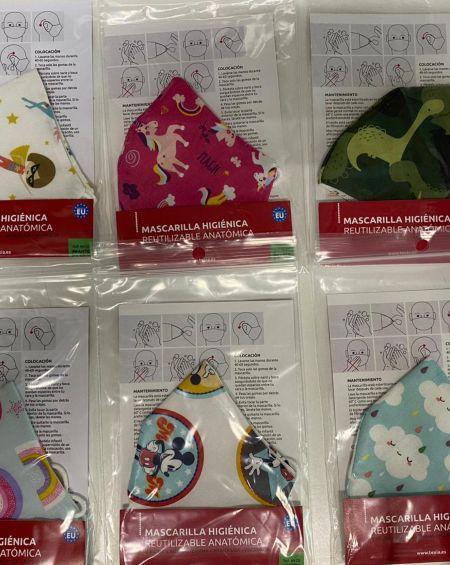 Pack 4 Mascarillas Infantiles Tela 20 Usos Homologada . Talla 6 A 9 Años, Modelos Variados.